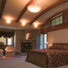 Traditional Bedroom by Louie Leu Architect, Inc.