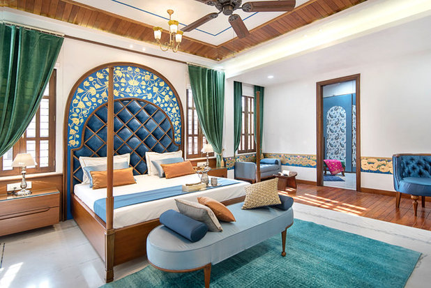 Indian Bedroom by VB Design Studio