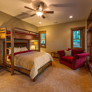 Inredning av ett rustikt sovrum