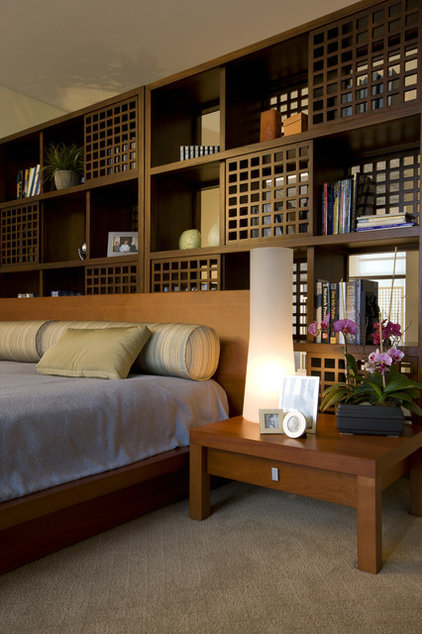 Modern Bedroom by Square One Interiors