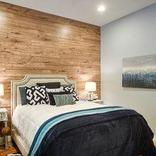 Contemporary Bedroom by Arizona Dream Vacation