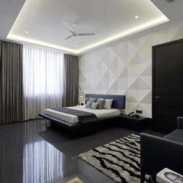 Sea-facing duplex apartment