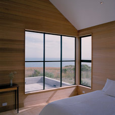 Contemporary Bedroom by Nick Noyes Architecture