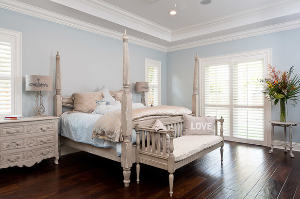 the best white and pastel colors for every kind of natural 13590 | 1e21f6c0027a9360 9876 w618 h411 b0 p0 tropical bedroom