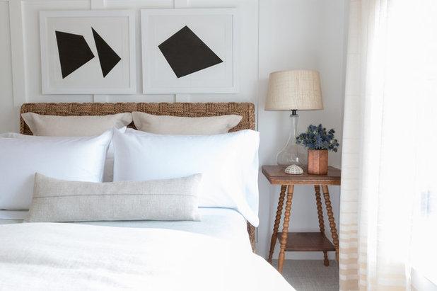 Modern Bedroom by Matthew Caughy Interiors