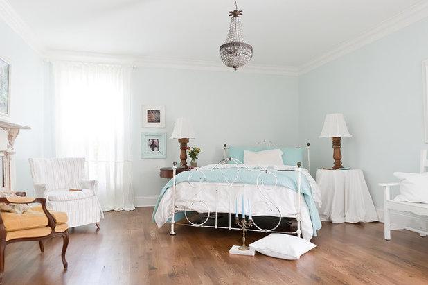 Shabby-chic Style Bedroom by Kristie Barnett, The Decorologist