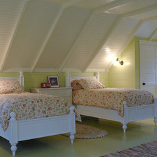 Traditional Bedroom by Priestley + Associates Architecture