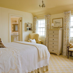 traditional bedroom by Elizabeth Brosnan Hourihan Interiors