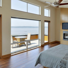 Beach Style Bedroom by Rhodes Architecture + Light