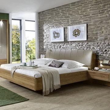 Serena Platform Bed by Creative Furniture