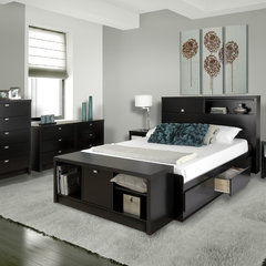 modern bedroom by Prepac Manufacturing Ltd.
