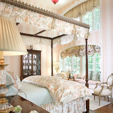 Traditional Bedroom by Kenneth/Davis, Inc.