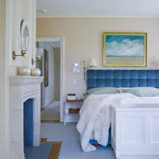 Beach Style Bedroom by Austin Patterson Disston Architects