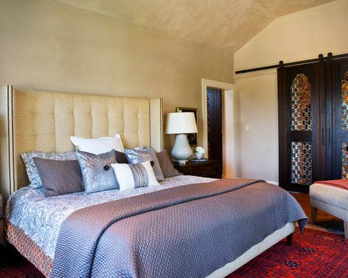 mediterrane schlafzimmer mit beigefarbenen w nden ideen. Black Bedroom Furniture Sets. Home Design Ideas