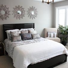 Contemporary Bedroom by Sarasota Homes Ltd.
