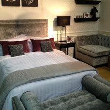 Contemporary Bedroom by Conbu Interior Design