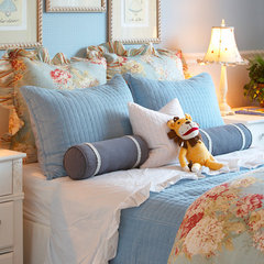 traditional bedroom by Kerrie L. Kelly