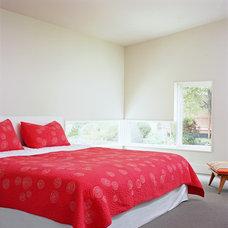Modern Bedroom by COLEPREVOST
