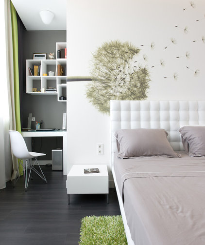 Contemporary Bedroom by SVOYA studio