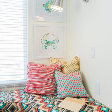 Small & Cozy Window Bench Seat / Reading Nook in Small Colorful Beach Studio