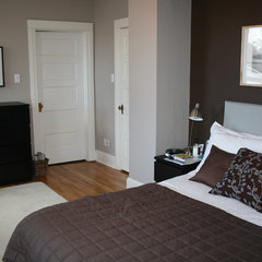 contemporary bedroom Small Bedroom