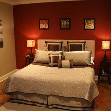 Traditional Bedroom by Zaunbrecher Design