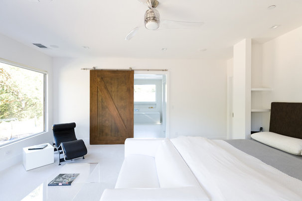 Contemporary Bedroom by DOUGLAS A. MCQUILLAN - ARCHITECT