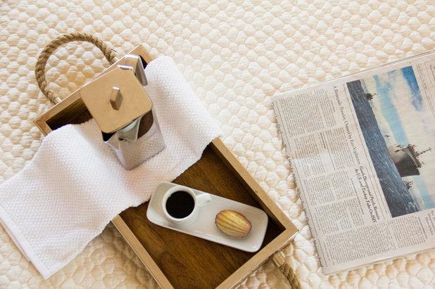 Modern Bedroom by MAS Design