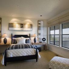 Contemporary Bedroom by Ronda Divers Interiors, Inc.