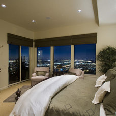 Traditional Bedroom by Ronda Divers Interiors, Inc.