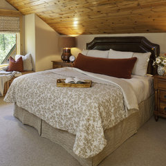 traditional bedroom by Rumor Design + reDesign - Valerie Stafford