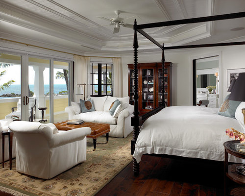 Master bedroom sitting area houzz for Key west style bedroom furniture