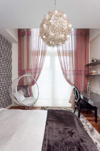 eclectic bedroom by Touzet Studio