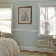 Beach Style Bedroom by Shannon Willey