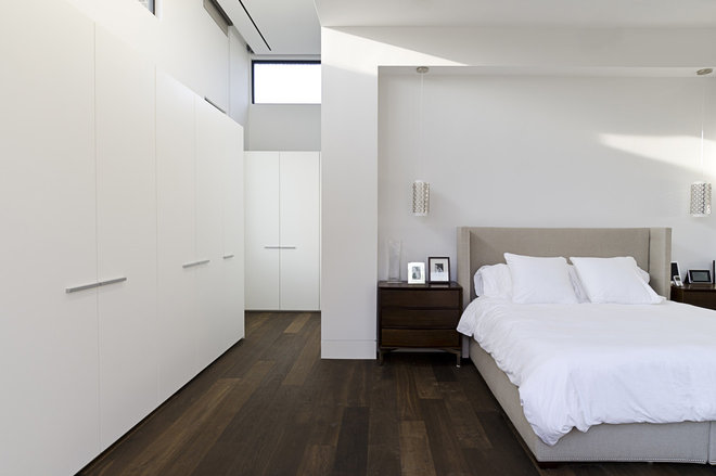 Modern Bedroom by C O N T E N T Architecture