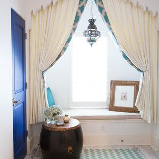 Свежая идея для дизайна: спальня в средиземноморском стиле - отличное фото интерьера
