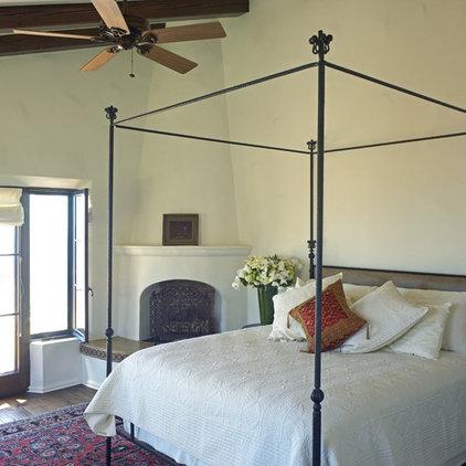 Mediterranean Bedroom by Lewin Wertheimer