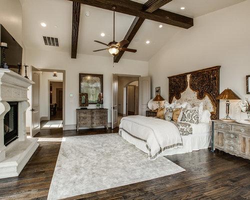 mediterrane schlafzimmer mit kaminsims aus stein ideen. Black Bedroom Furniture Sets. Home Design Ideas