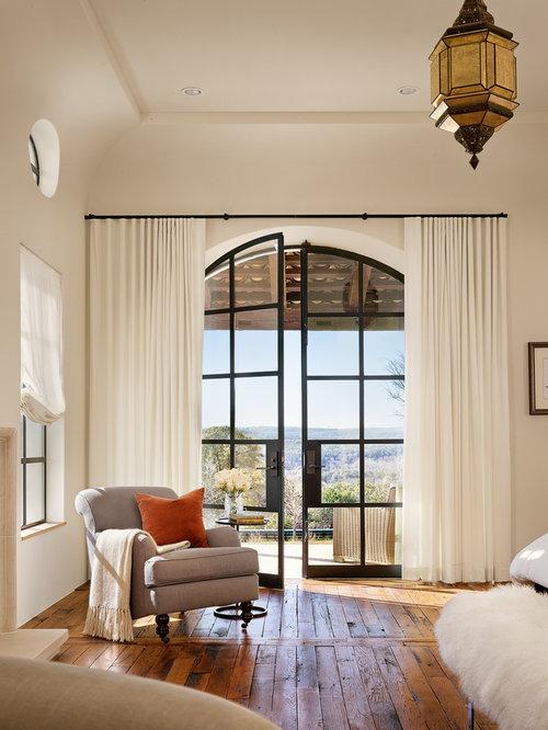Mediterrane Schlafzimmer mediterrane schlafzimmer mit braunem holzboden ideen design