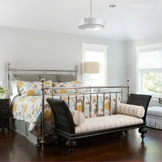 Beach Style Bedroom by threshold interiors