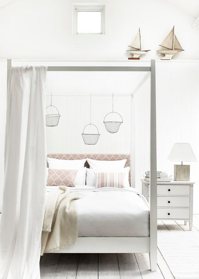 Beach Style Bedroom by Neptune