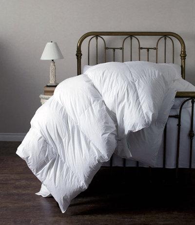 トラディショナル 寝室 by J Brulee Home