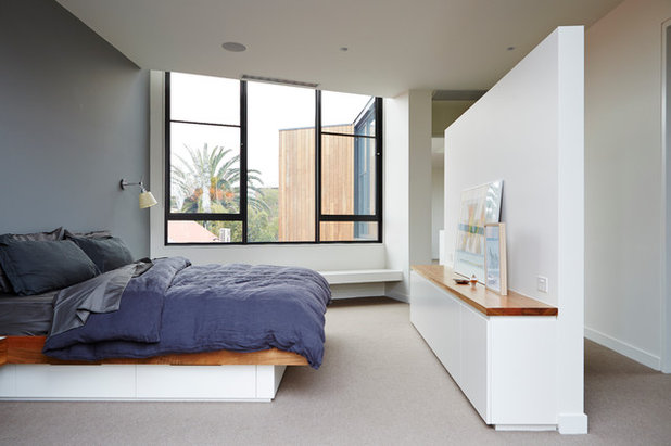 Contemporary Bedroom by Project 12 Architecture