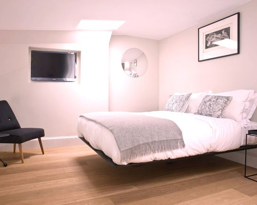 modern pink bedroom design ideas remodels photos houzz 12613 | 1021cc0b00321851 1359 w500 h400 b0 p0 modern bedroom