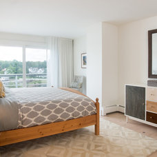 Beach Style Bedroom by Marcye Philbrook