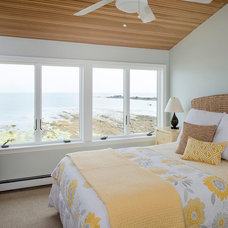 Beach Style Bedroom by Spaces by LLG