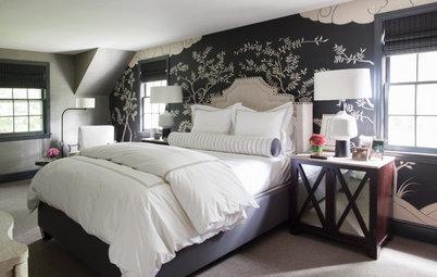 Elegant Chinoiserie Mural Stars in a Master Bedroom