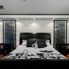 Modern Bedroom by Jonathan Stanton, Inc