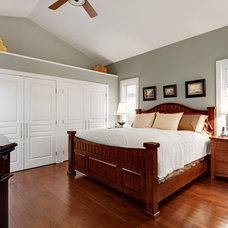 Transitional Bedroom by B. Gallant Homes Ltd.