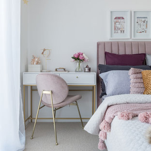 This is an example of a contemporary bedroom in Perth.